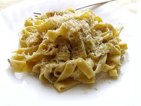 Tagliatelle cu sos de branza Gorgonzola
